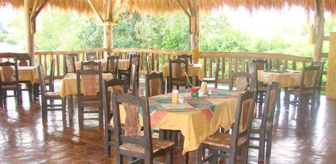 Quind O Turismo Hotel Del Campo A 100 Metros De Panaca